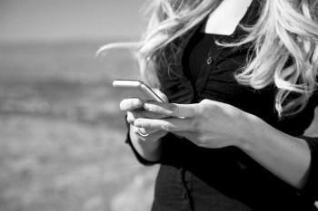 8 Motivi per cui una Donna Non Risponde agli SMS