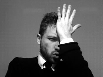 Rivelati i 4 Errori Segreti che Stanno Limitando il Tuo Successo con le Donne