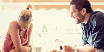 5 Provocanti Domande da Fare a Una Ragazza Per Sedurla