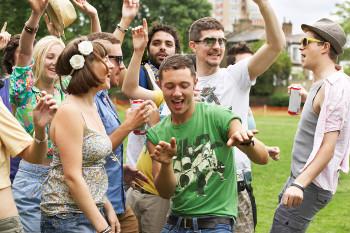Come Gestire un Gruppo ed Essere l'Anima della Festa