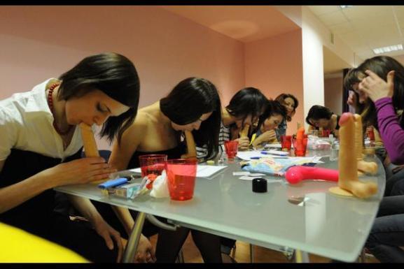 La scuola di seduzione per donne in Russia
