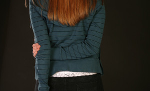 5 - Braccio incrociato dietro la schiena